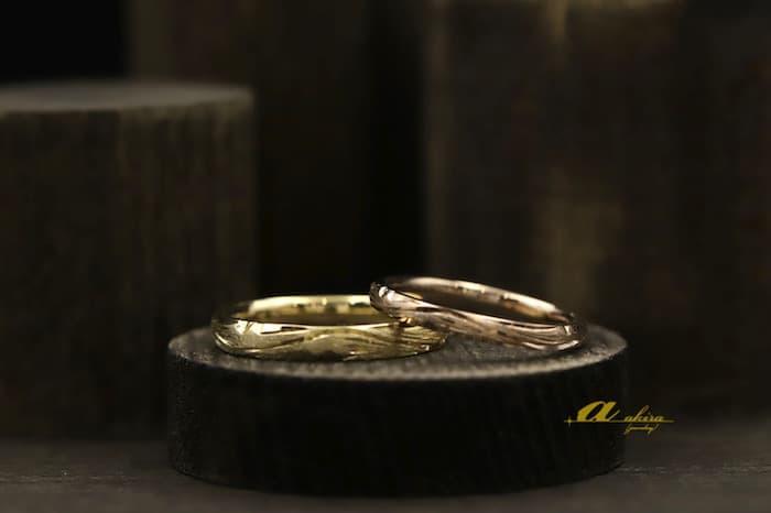 イエローゴールドとピンクゴールドのオーダーメイド結婚指輪