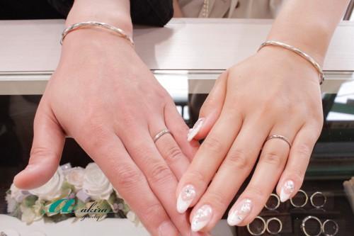 サプライズ婚約指輪からの結婚指輪の御納品でした