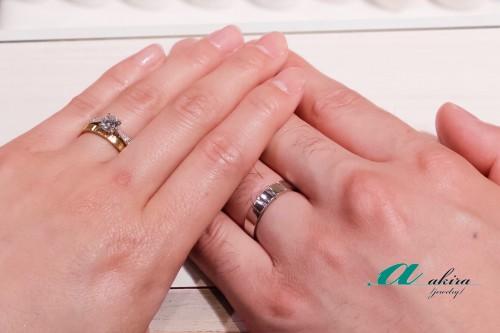 結婚指輪のオーダーを頂きましたお客様写真