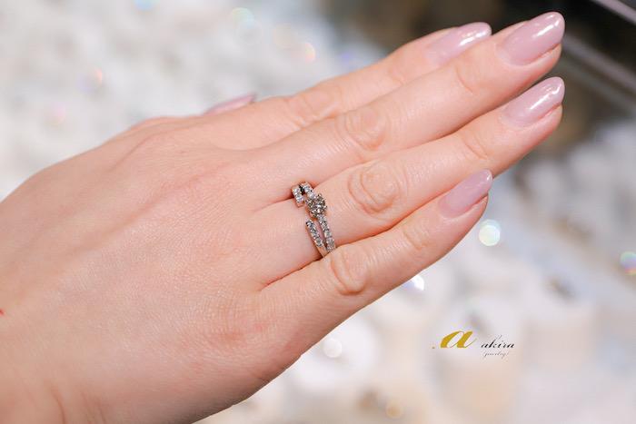 指輪リフォーム。テニスブレスと指輪のダイヤモンドを外し1本の指輪へ