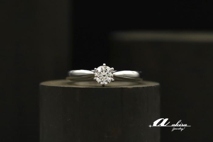 インターナリーフローレスの婚約指輪オーダーメイド