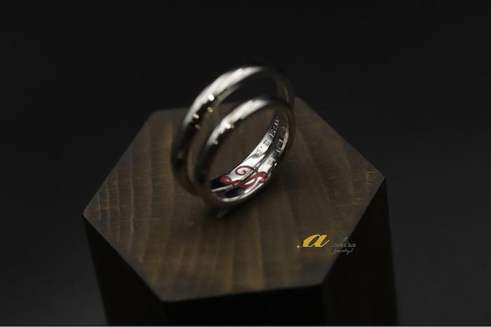 結婚指輪オーダーメイド。内側にイニシャル