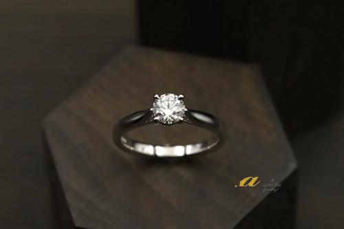 千葉市中央区から0.5カラット婚約指輪のオーダーのご注文です