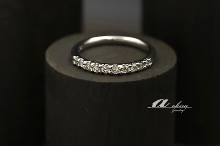 使わなくなった指輪からダイヤを外しハーフエタニティにリフォーム
